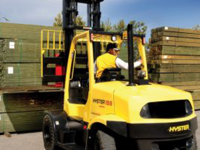 Empilhadeira a combustão Hyster H135-155FT